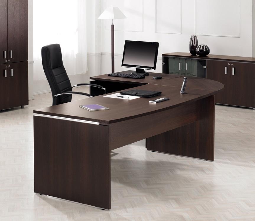 cara-memilih-meja-kantor-terbaik