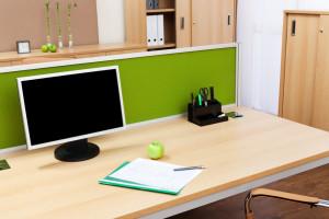 tips-membersihkan-meja-kantor